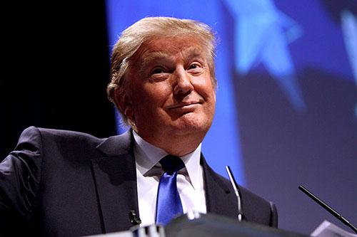 Trump Signs Executive Order Blocking Overseas Refugees