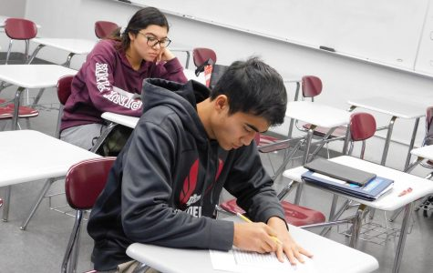Students use creative strategies to study for finals