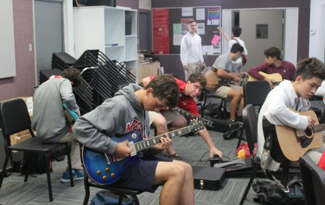 New guitar elective strums into school year