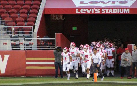 Levi's Stadium welcomes varsity football team for first time