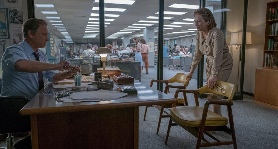 Ben Bradlee (Tom Hanks) conversing with Katharine Graham (Meryl Streep) about opportunity to expose government secrets to the public.