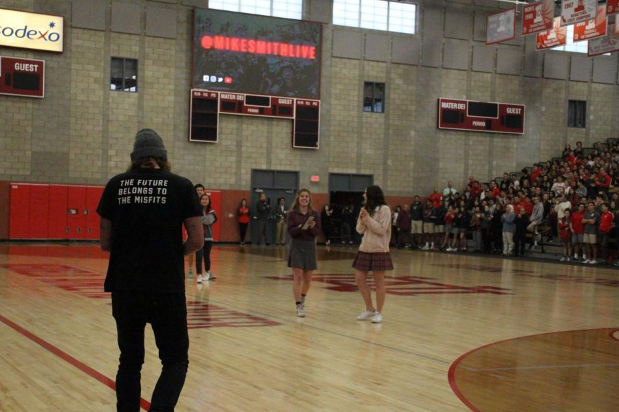 The Mater Dei community welcomes guest speaker Mike Smith.