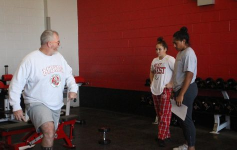 New weight lifting coaches plan to change strength training environment