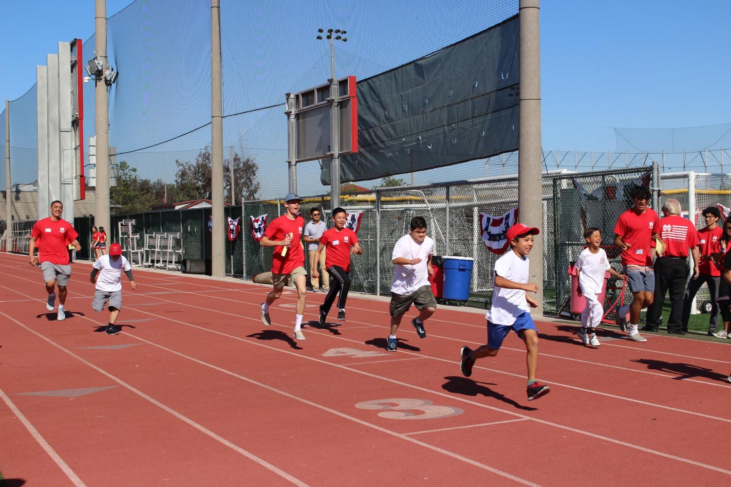 CATCH+YOU+LATER%3A+Along+with+the+many+activities+offered+at+Special+Games%2C+athletes+are+also+able+to+partake+in+is+the+track+event.+%22I+love+seeing+the+smiles+on+the+athlete%27s+face+after+the+track+event.+It+is+most+athletes%27+favorite+event%2C%22+senior+and+director+Maisie+McPherson+said.+%22Everyone+is+so+positive+after+and+the+speeches+at+the+award+stand+are+definitely+memorable.%22